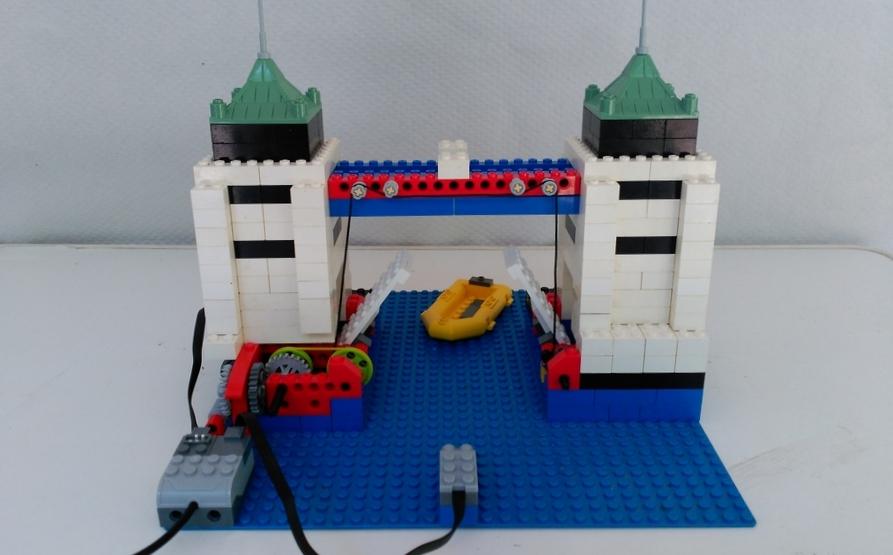 Tower Bridge - Robótica educativa